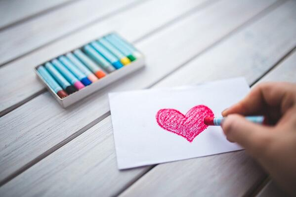 Drawing a heart with pastels
