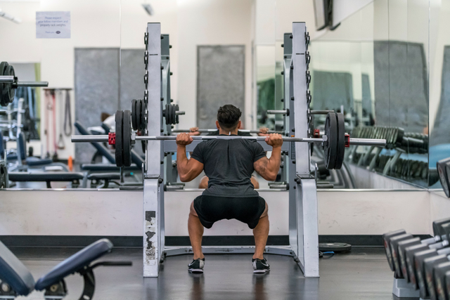 Jose squat rack.png