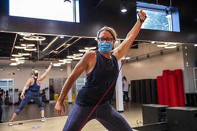 Julie Indoor Training with mask