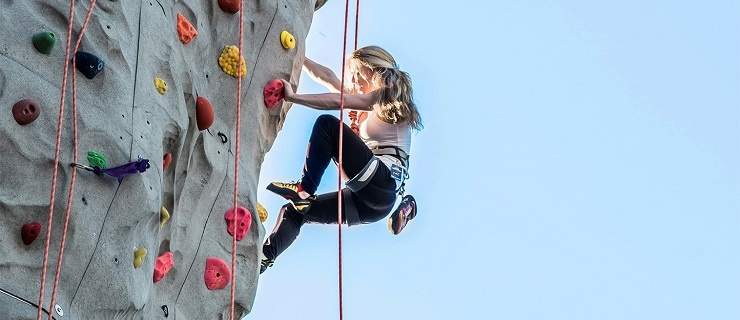 CAC_article_20_gym_membership_image_feature_climbing.jpg