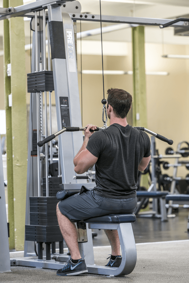 rsz_seated_lat_pull_down_web.png