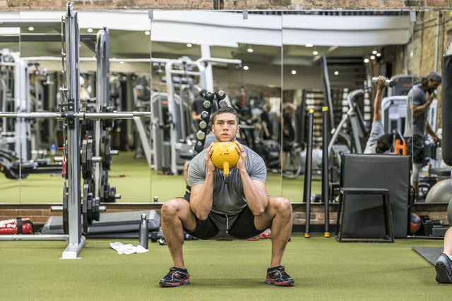 Goblet squat for marathon runners